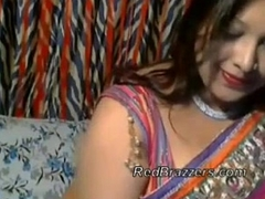 Horn-mad Desi Aunt Web camera Free Indian Porn