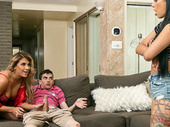 Brazzers HD: Immigrant Sexchange approximately Gina Valentina and Mercedes Carrera