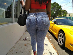 Diamond Monroe walking outdoor and shaking her huge ass