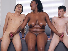 Ebony Milf Layton Benton gives a double tugjob to Jordi El Nino Polla and Ricky Spanish