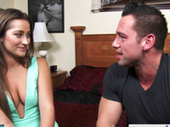 Hottie Danie Daniels hops not susceptible his heavy dick and rides him hard