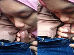 hijab latitudinarian sucking adjacent cock